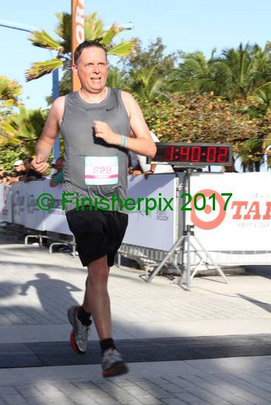2017-03-17 22_13_44-Puerto Rico Marathon & Half Marathon 2017 _ FinisherPix